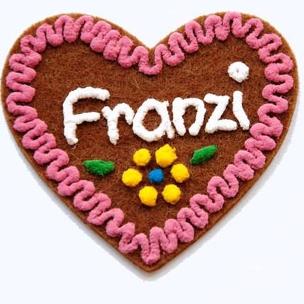 Herz mit Namen aus Filz - Anstecker in Lebkuchenform