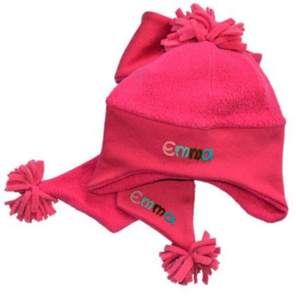 personalisierte Kindermütze pink mit schal und mit Namen